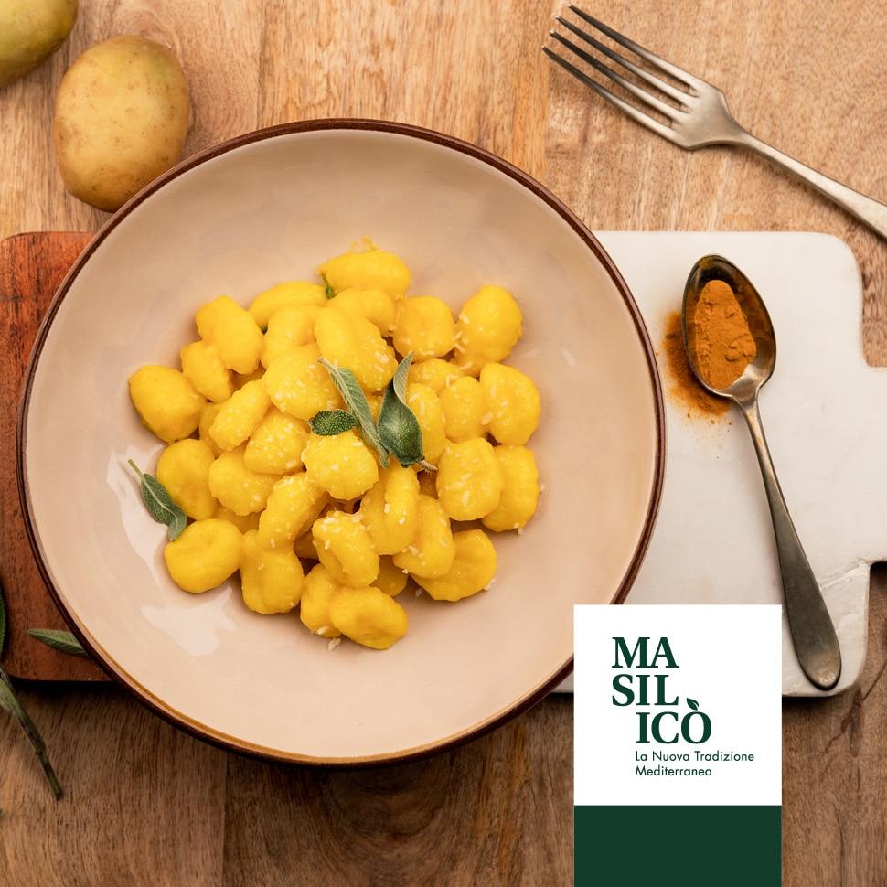 La ricetta della settimana: gnocchi burro, curcuma e salvia