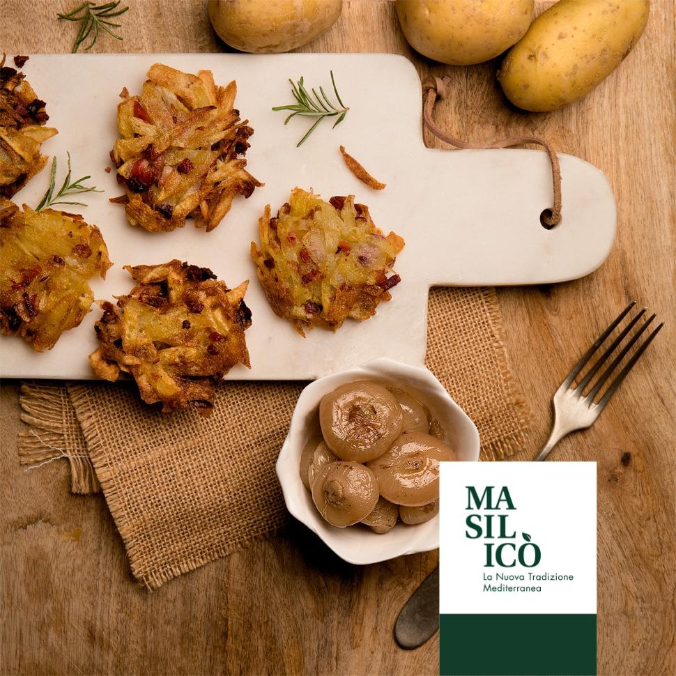 Rosti di patate con cipollotti grigliati e speck
